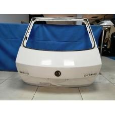 Крышка багажника Skoda Octavia