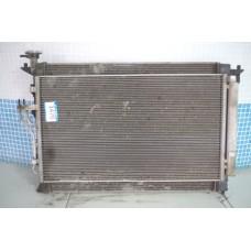 Радиатор охлаждения двигателя Hyundai IX35