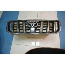 Решетка радиатора Toyota Land Cruiser Prado 2002-2009