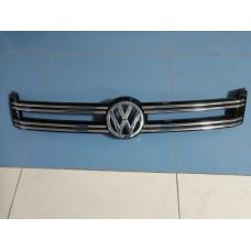 Решетка радиатора Volkswagen Tiguan
